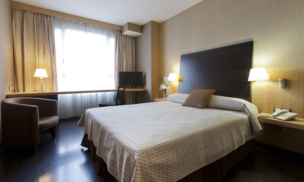 Hotel rice bulevar hoteles rice burgos web oficial for Habitaciones decoradas modernas